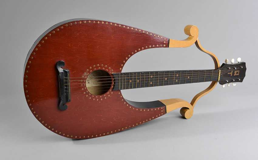 Gitarre in Lyraform - photo 1