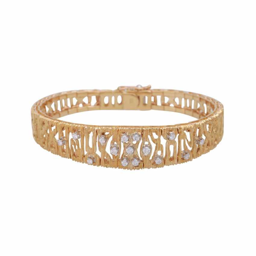 Bracelet, set with 15 brilliant-cut diamonds, together CA. 0,30 ct. - photo 1