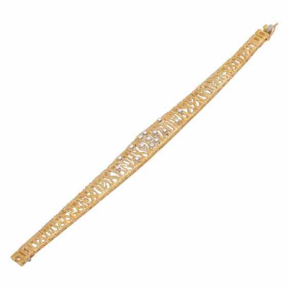 Bracelet, set with 15 brilliant-cut diamonds, together CA. 0,30 ct. - photo 3