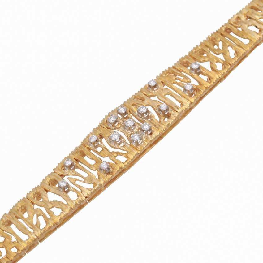 Bracelet, set with 15 brilliant-cut diamonds, together CA. 0,30 ct. - photo 4