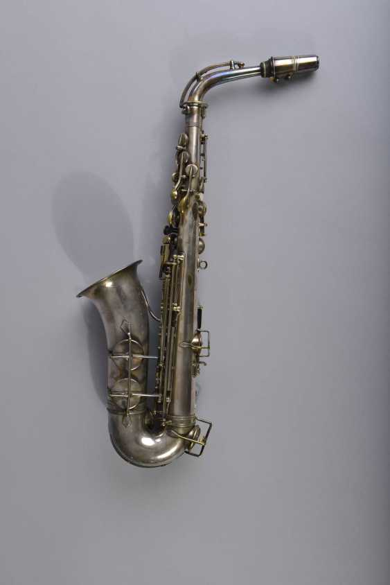 Alto Saxophone - photo 2