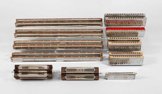 11 harmonicas - photo 1