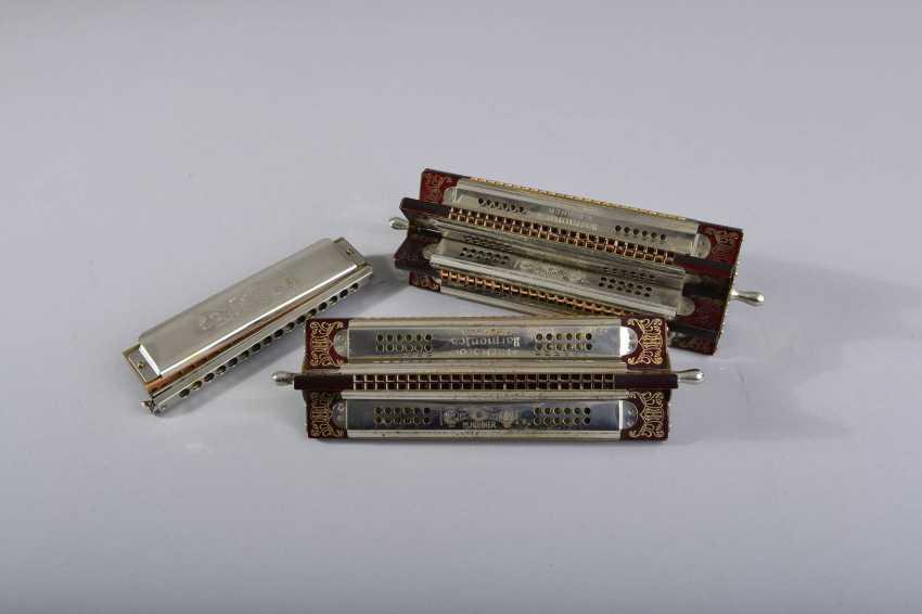 11 harmonicas - photo 4