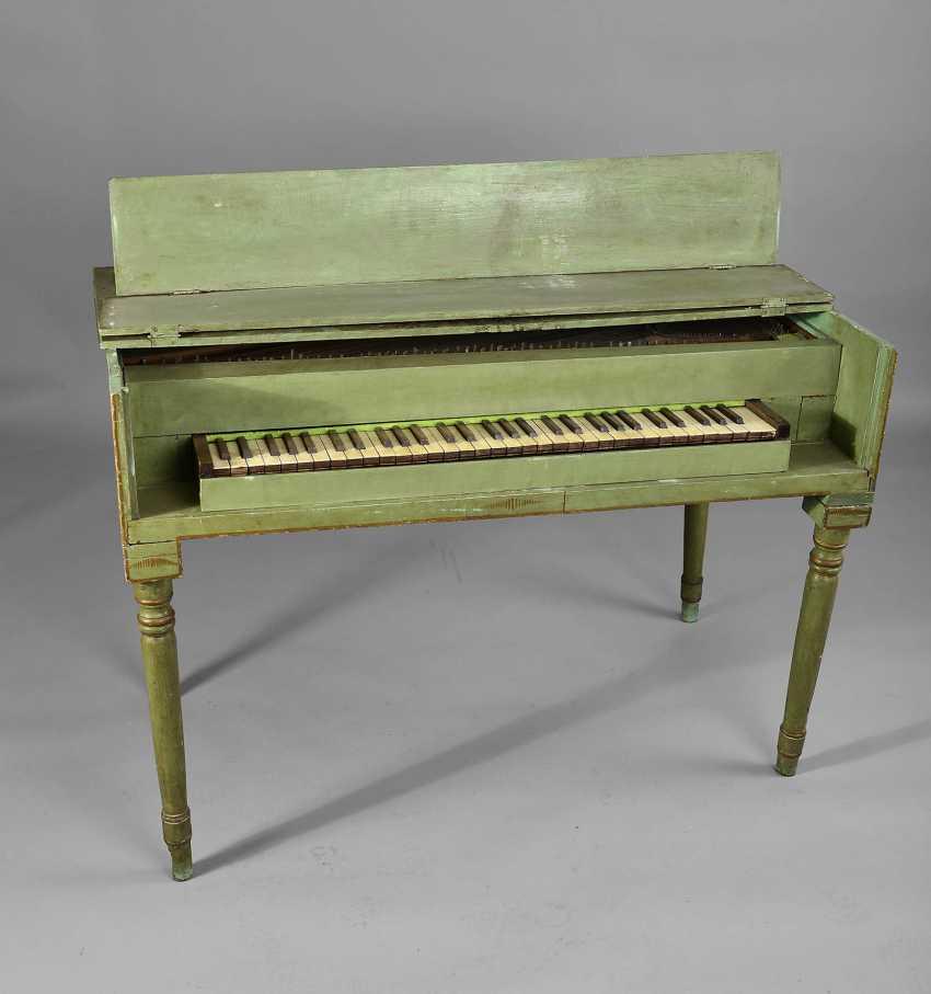 Square piano - photo 1