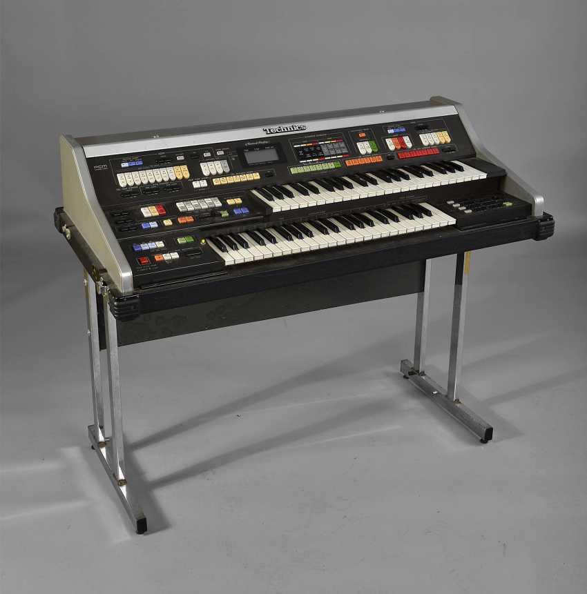 Electric Organ - photo 1
