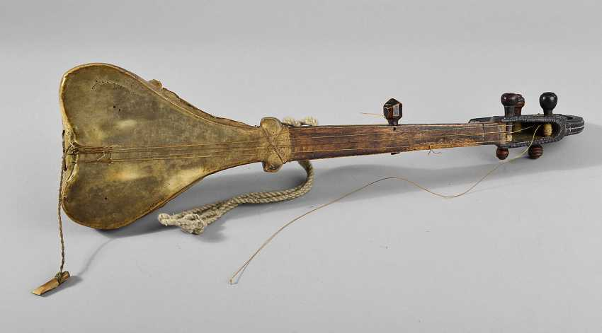 African Plucked Instrument - photo 1