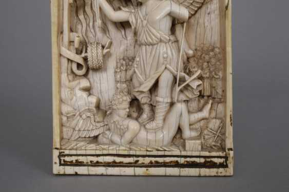 Fine Ivory Carving - photo 3