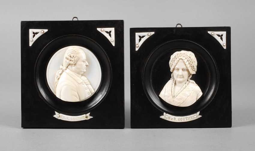 Pair Of Ivory Carvings - photo 1