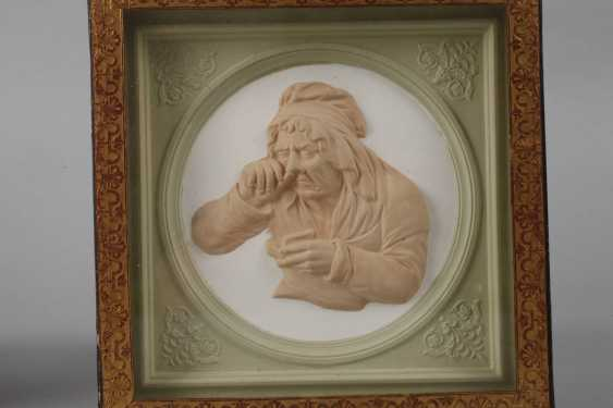 Pair Of Relief Plates - photo 2