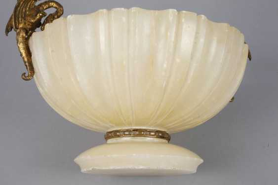 Centrepiece Of Alabaster - photo 4