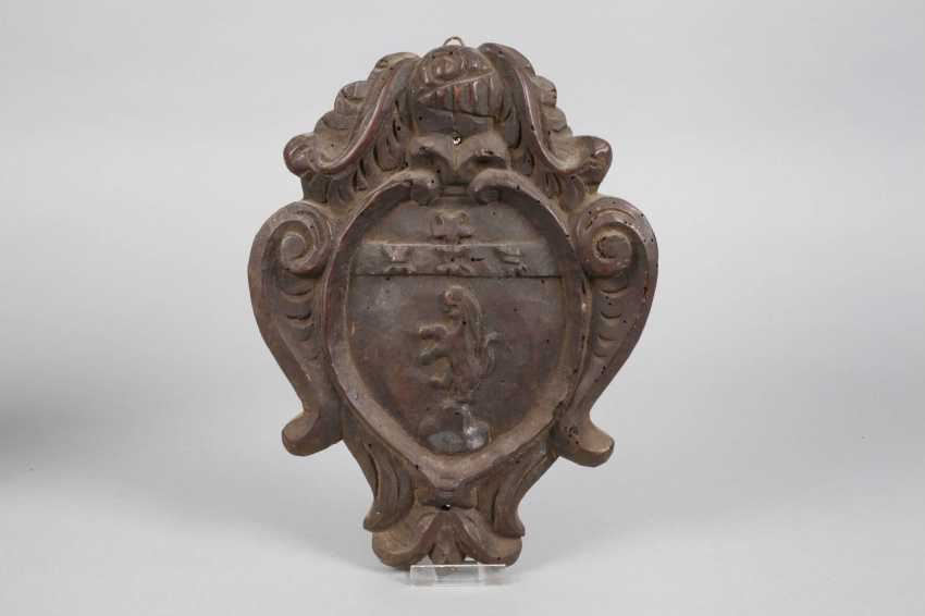 Two Coats Of Arms - photo 3
