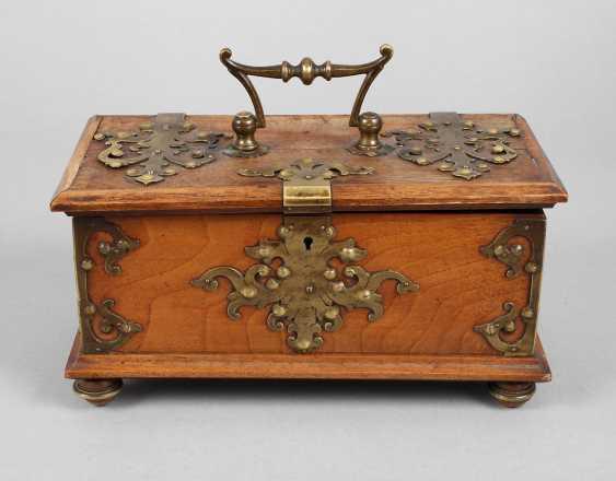 Box Historicism - photo 1