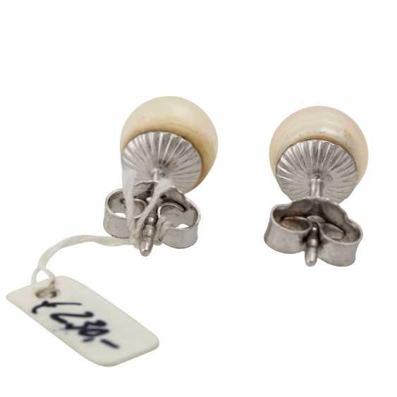 Pearl stud earrings, - photo 4