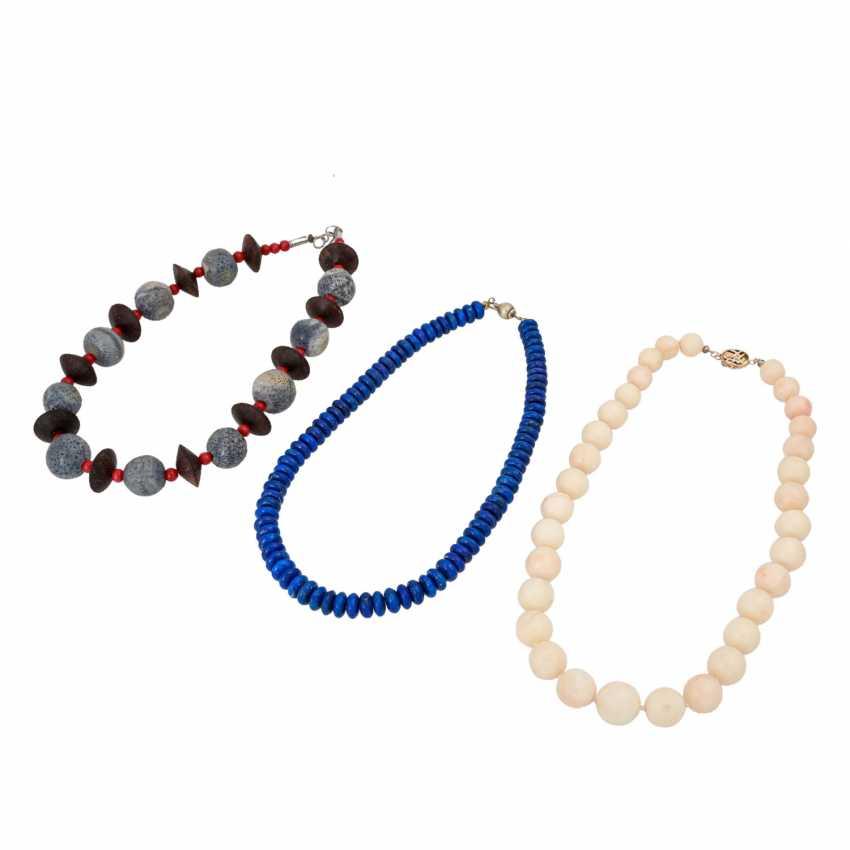 Set of 3 necklaces, - photo 1