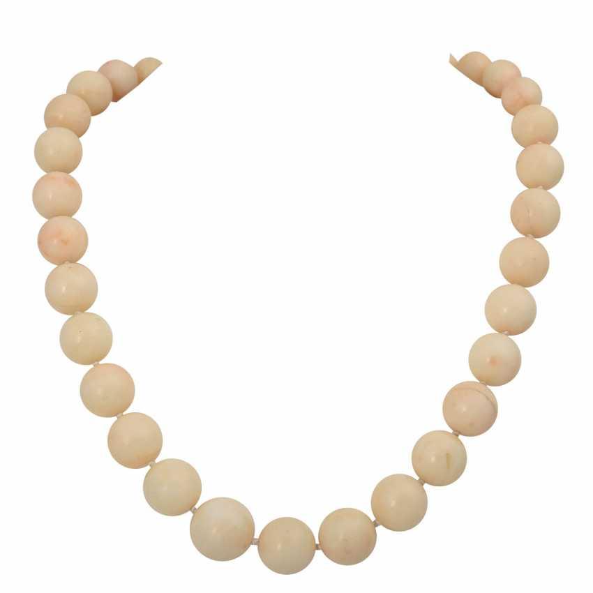Set of 3 necklaces, - photo 4