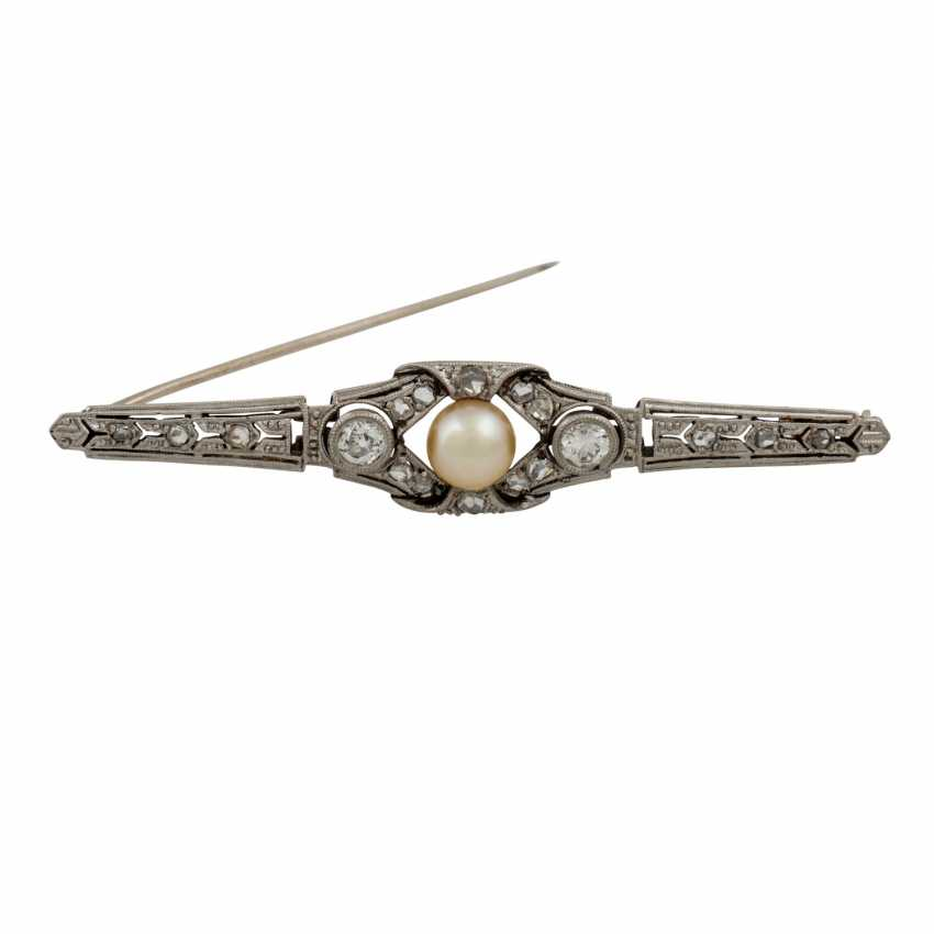 Bar brooch with old European cut diamonds - photo 1