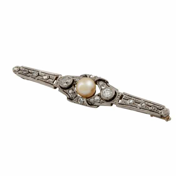 Bar brooch with old European cut diamonds - photo 4