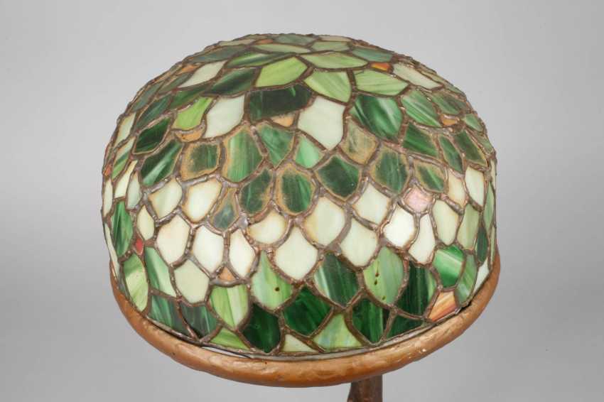 Figural Table Lamp - photo 2