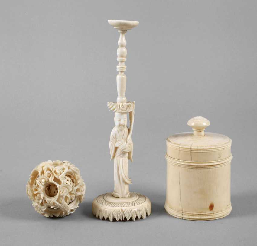 Two Ivory Carvings - photo 1