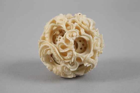 Two Ivory Carvings - photo 6