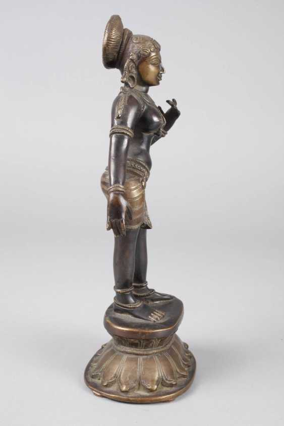 Bronze Sculpture Of Parvati - photo 2