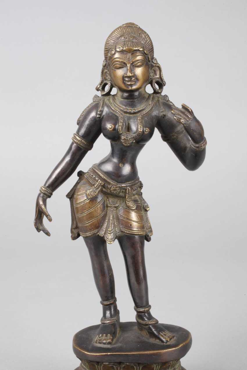Bronze Sculpture Of Parvati - photo 5