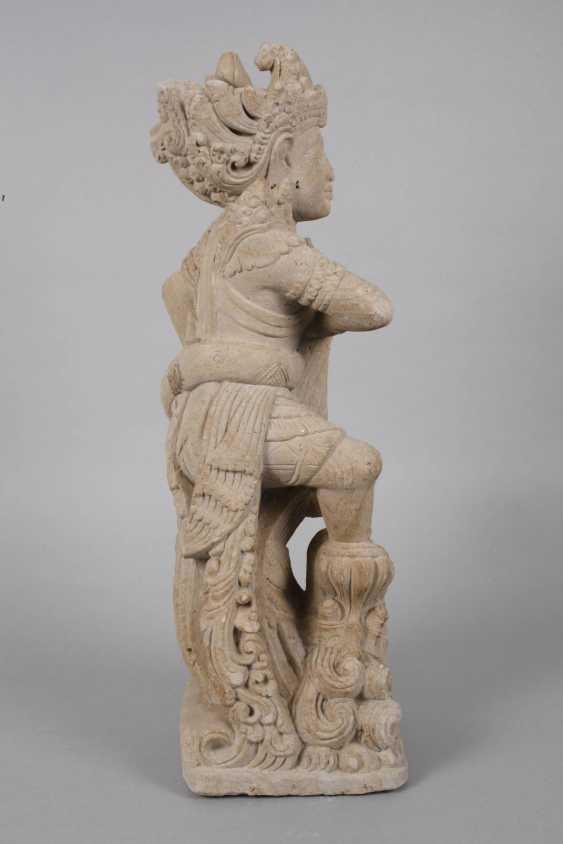 Sand stone statue - photo 4