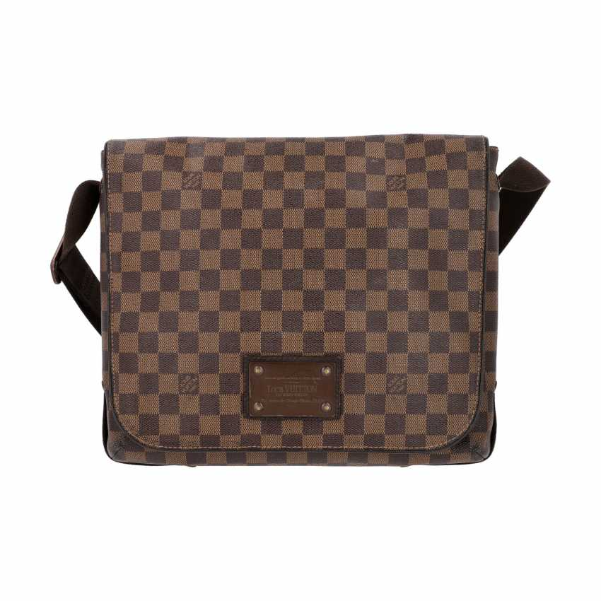 """LOUIS VUITTON Messenger Bag, """"BROOKLYN MM"""", Kollektion 2010. - photo 1"""