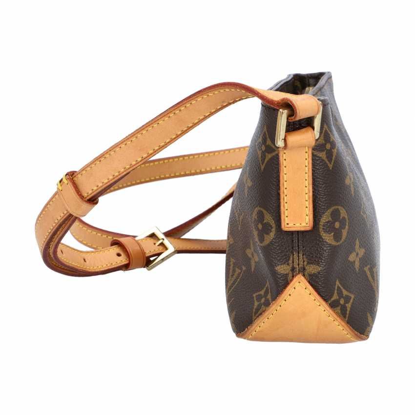 """LOUIS VUITTON shoulder bag """"TROTTEUR"""", collection 2003. - photo 3"""