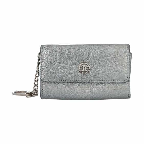 CHANEL key case, 2004/2005 collection. - photo 1