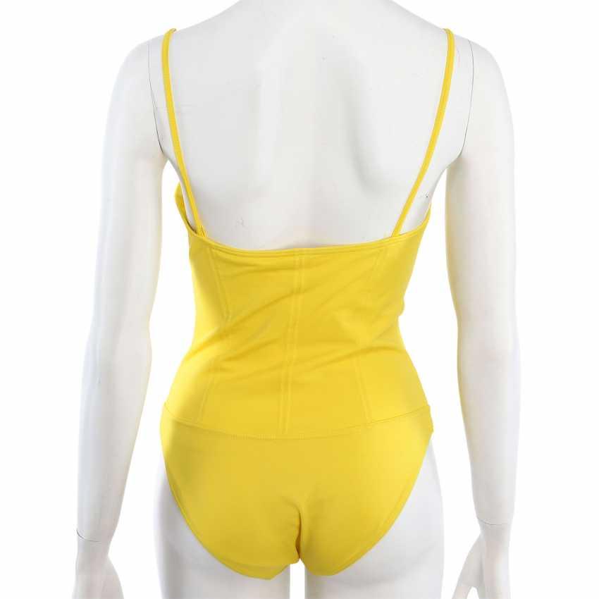 CHANEL VINTAGE swimsuit, Size 38/40. - photo 4