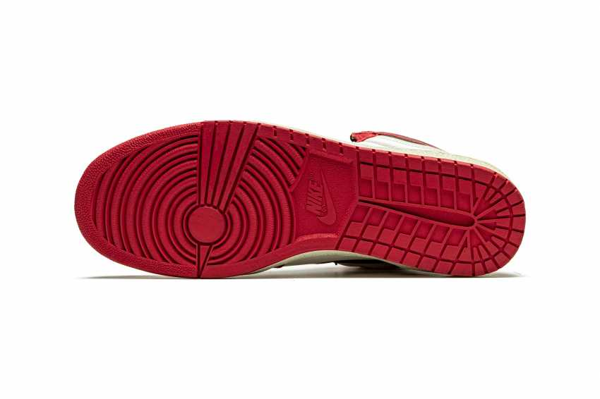 Air Jordan 1 TYPS, Player Exclusive Signed Sneaker - photo 4