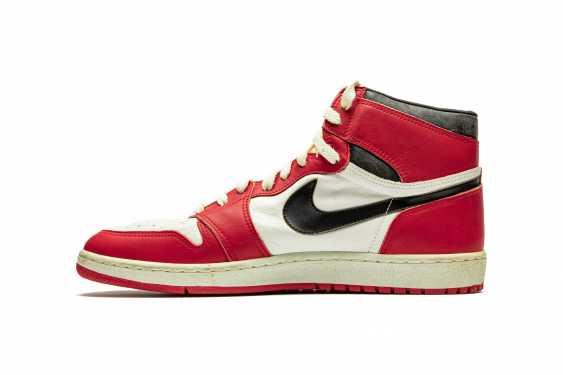 Air Jordan 1 TYPS, Player Exclusive Signed Sneaker - photo 7