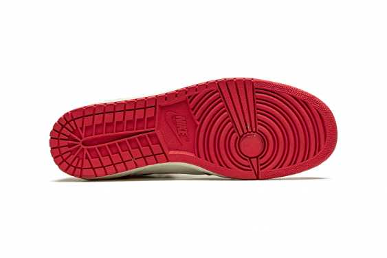 Air Jordan 1 TYPS, Player Exclusive Signed Sneaker - photo 8
