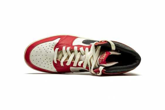 Air Jordan 1 TYPS, Player Exclusive Signed Sneaker - photo 9