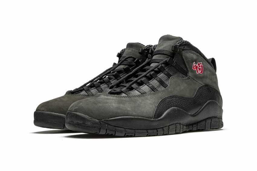 "Air Jordan 10 ""Shadow,"" Player Exclusive Sneaker - photo 1"