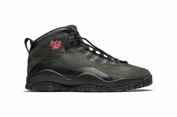 "Air Jordan 10 ""Shadow,"" Player Exclusive Sneaker - photo 6"