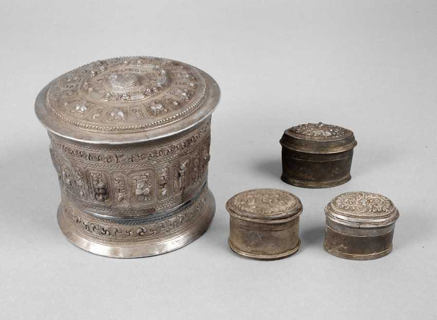 Four Silver Cans Of Persia - photo 1