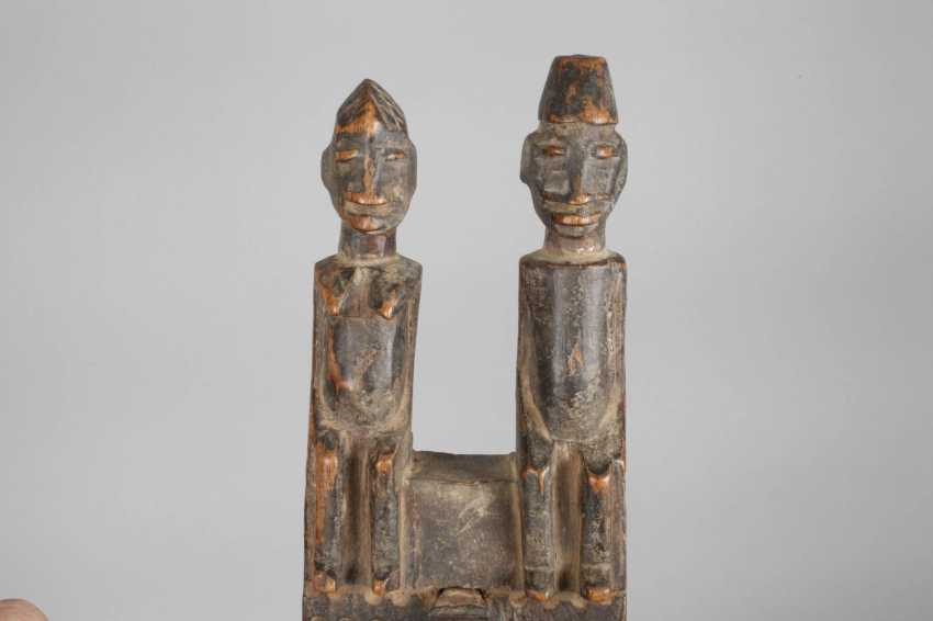 Carving work of the Senufo - photo 3