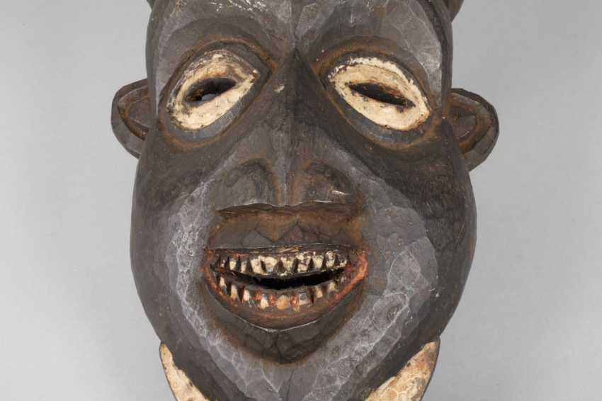 Large decorative wall mask - photo 6