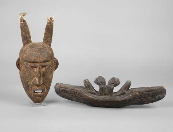 Two Carvings Of Africa - photo 1
