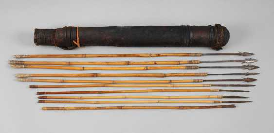 Quiver with arrows - photo 1