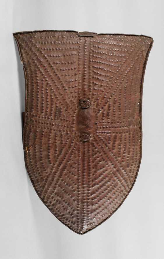 Leather shield - photo 1