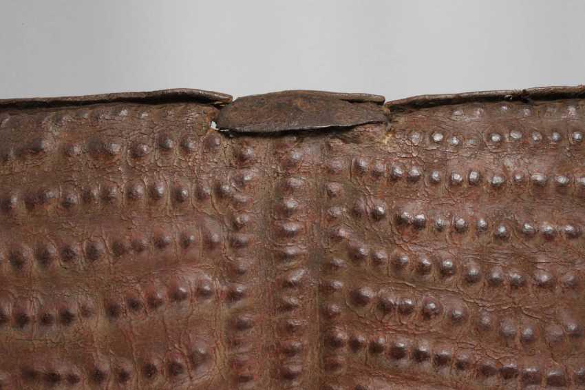 Leather shield - photo 3