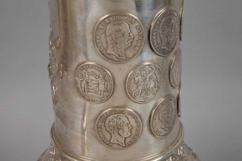 A Large Silver Cup Of The German War Association - photo 5