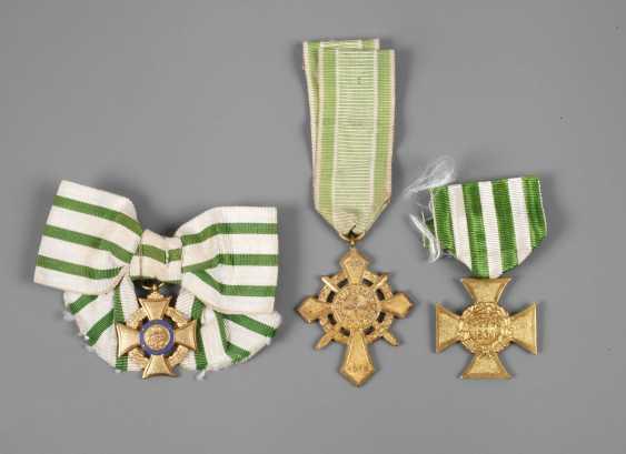 Vintage Saxon Honor Crosses - photo 1