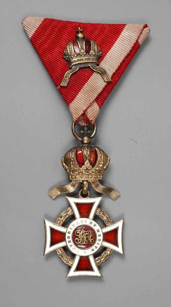 An Austrian Order Of Leopold - photo 1
