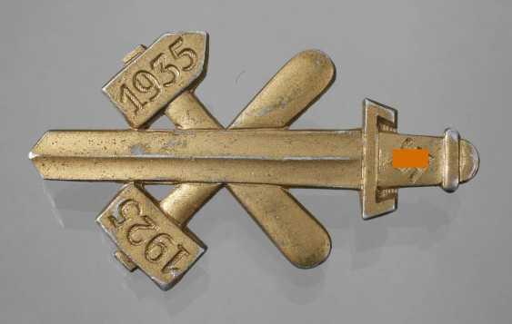 "Badge ""10 years of NSDAP Gau Essen 1925-1935"" - photo 1"