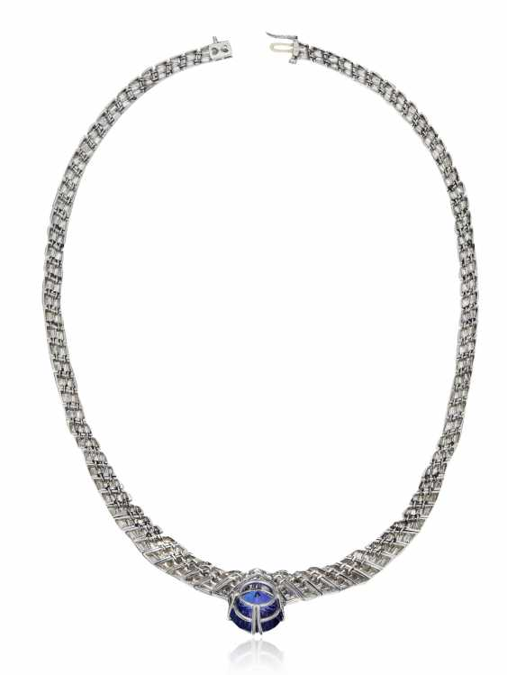 TANZANITE AND DIAMOND NECKLACE - photo 3