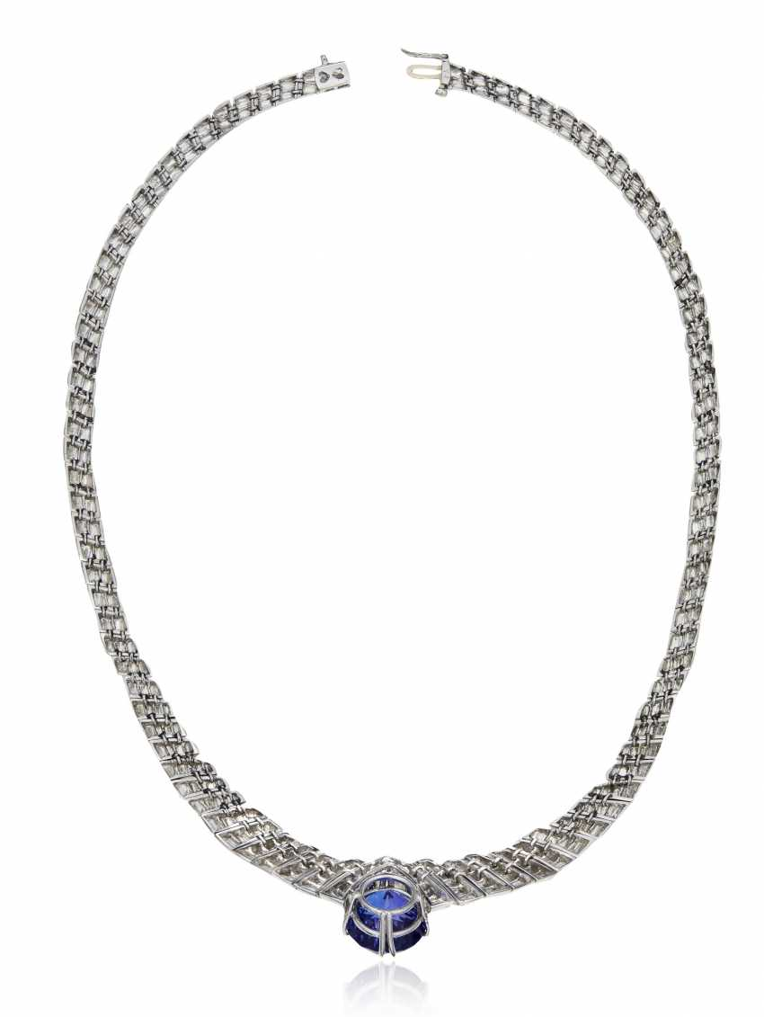TANZANITE AND DIAMOND NECKLACE - photo 3